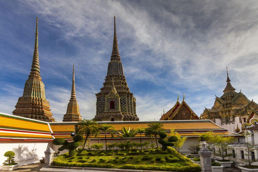 Najviac podobizní Budhu na jednom mieste. Tie nájdete v Chráme Wat Pho v Bangkoku.