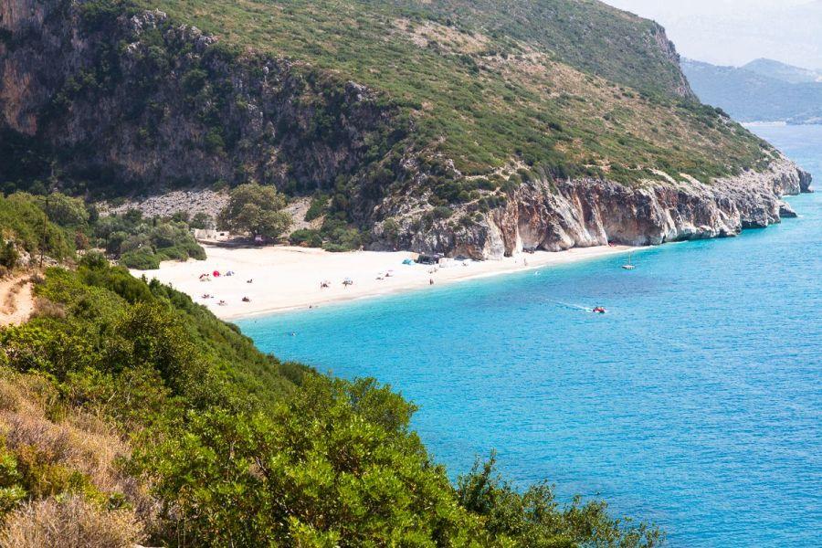 more, plaz, albansko, letna dovolenka v albansku, dovolenka pri mori, satur