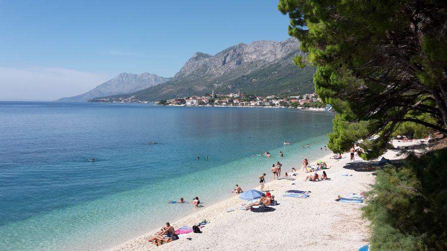 gradacm chorvatsko, more, letna dovolenka v chorvátsku, letna dovolenka pri mori, satur