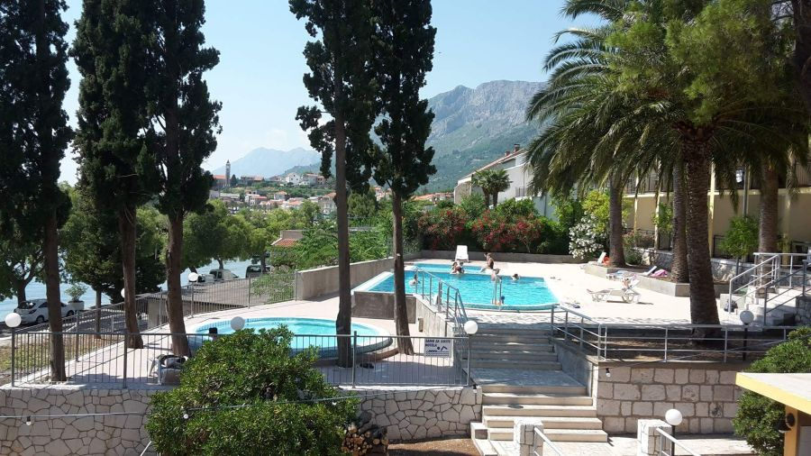 hotel sunce, gradac, chorvatsko, letna dovolenka v chorvatsku, letna dovolenka pri mori, satur