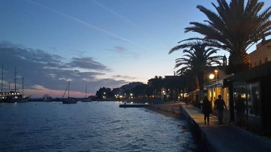 gradac, chorvatsko, letna dovolenka v chorvatsku, letna dovolenka pri mori, satur