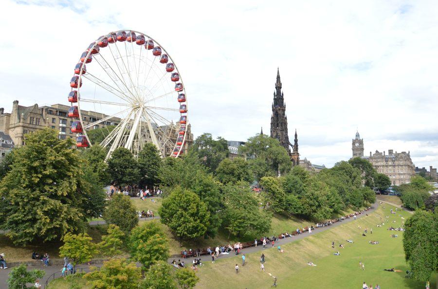 edinburgh, skotsko, velka britania, poznavaci zajazd, poznavacie zajazdy, satur