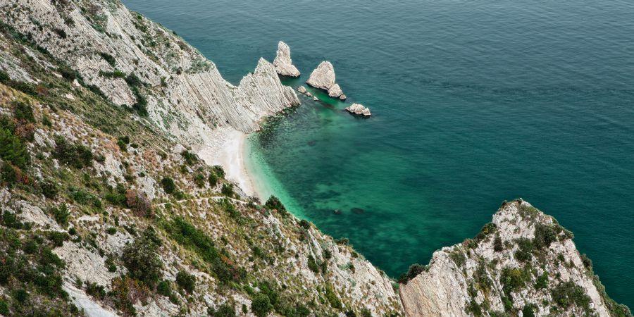 mount cornero, taliansko, letna dovolenka v taliansku, letna dovolenka pri mori, satur