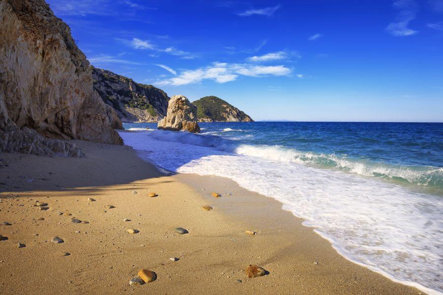 sorgente beach, elba, taliansko, letna dovolenka v taliansku, letna dovolenka pri mori, satur