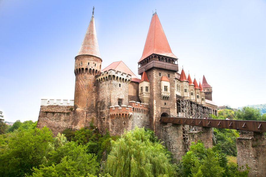 hrad corvin, rumunsko, dracula, poznavaci zajazd, satur