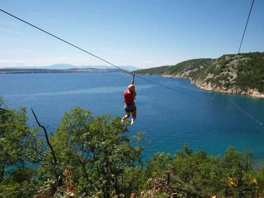chorvatsko, zipl line kacjak, adrenalin, adrenalinova atrakcia, letna dovolenka v chorvatsku, satu