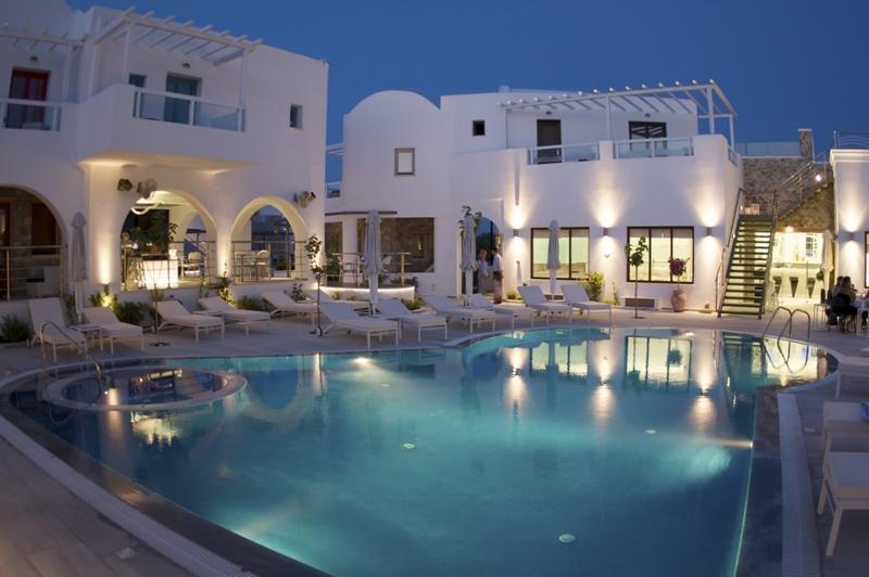la mer deluxe hotel, santorini, letna dovolenka pri mori, dovolenka v grecku, dovolenka na santorini, satur