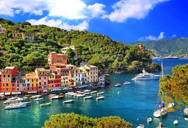 portofino, taliansko, stredozemne more, pristav, dovolenka v taliansku, letna dovolenka pri mori, satur