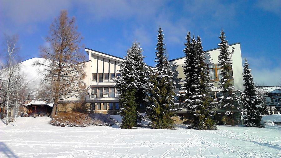 slovensko, lyzovacka na slovensku, silvestrovska lyzovacka, zimna dovolenka na slovensku, satur