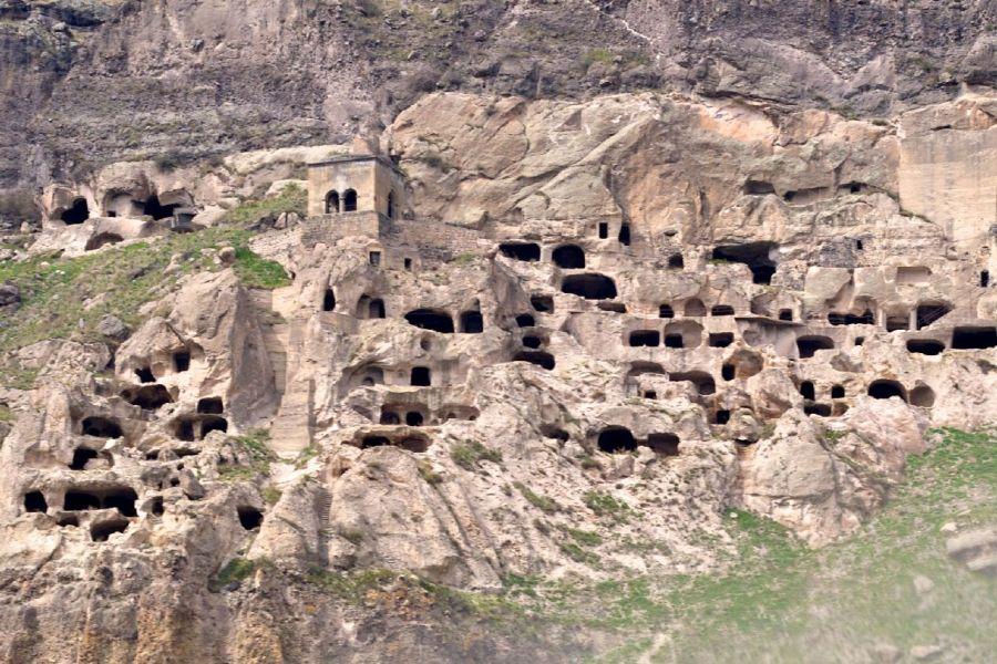 jaskyne, gruzinsko, poznavaci zajazd, poznavacie zajazdy, poznavacky, satur