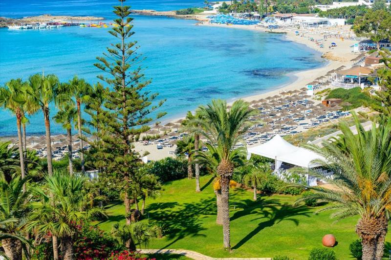 Nissi Beach Resort, romanticka dovolenka, dovolenka pre pary, hotely pre pary, satur, dovolenka na cypre