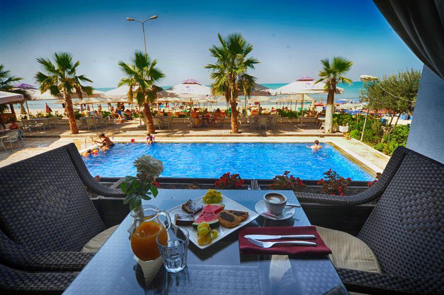 Vila Palma, romanticka dovolenka, dovolenka pre pary, hotely pre pary, dovolenka v albánsku, satur