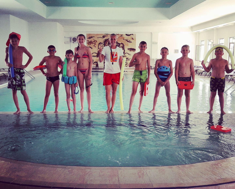 ivet a deti v plaveckej akademii