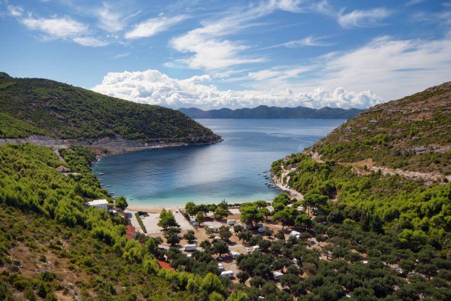juzna dalmacia, top atrakcie, dovolenka v chorvatsku, letna dovolenka pri mori, satur, prapratno