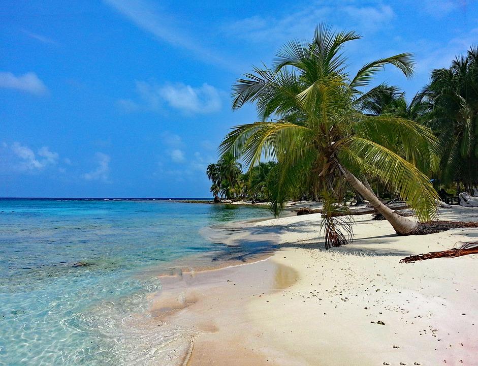 plaz isla diablo v paname