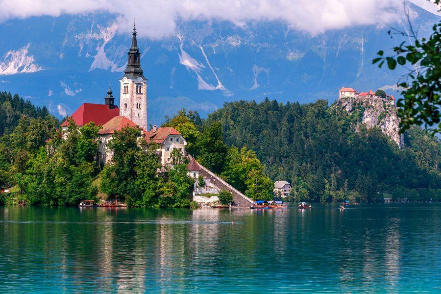 slovinsko, top atrakcie v slovinsku, dovolenka v slovinsku, poznavaci zajazd do slovinska, satur, bled