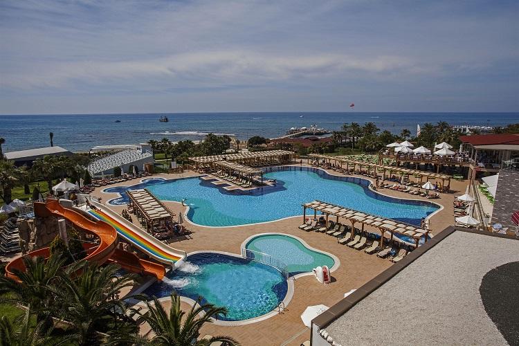 bazen, hotel arcanus, turecko, pool, bazenovy svet, more, plaz, dovolenka pri mori, letecky, zajazd do turecka, ck satur