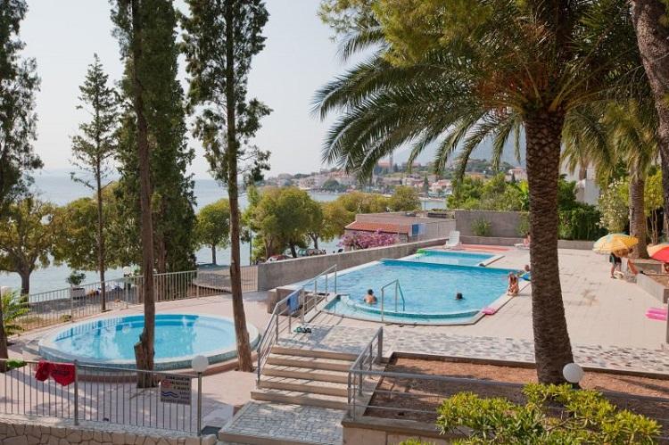 plaz, more, hotel Sunce, chorvatsko, dovolenka chorvatsko, ck satur