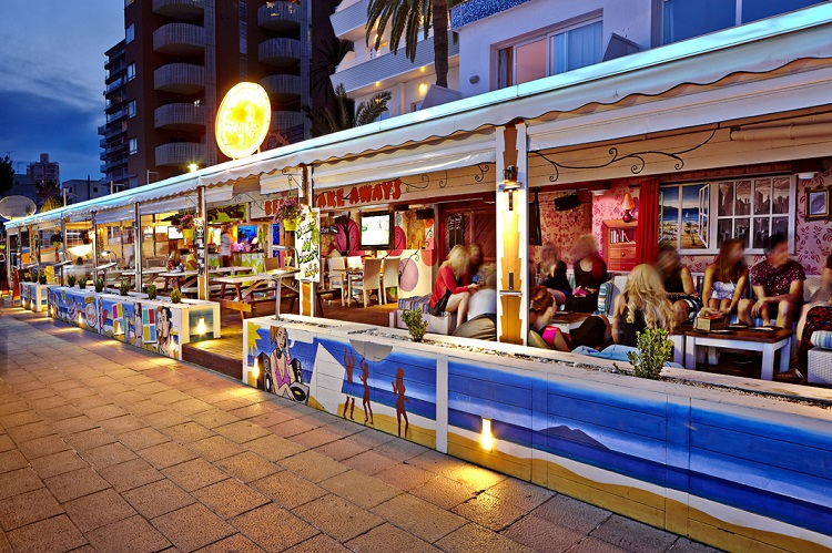 party, hotel, malorka, flamboyan caribe, zabava, plaz, magaluf
