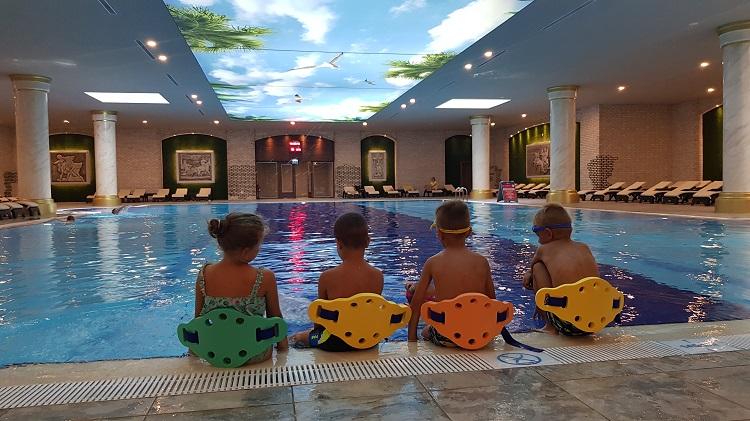 plavci v hoteli limak cyprus