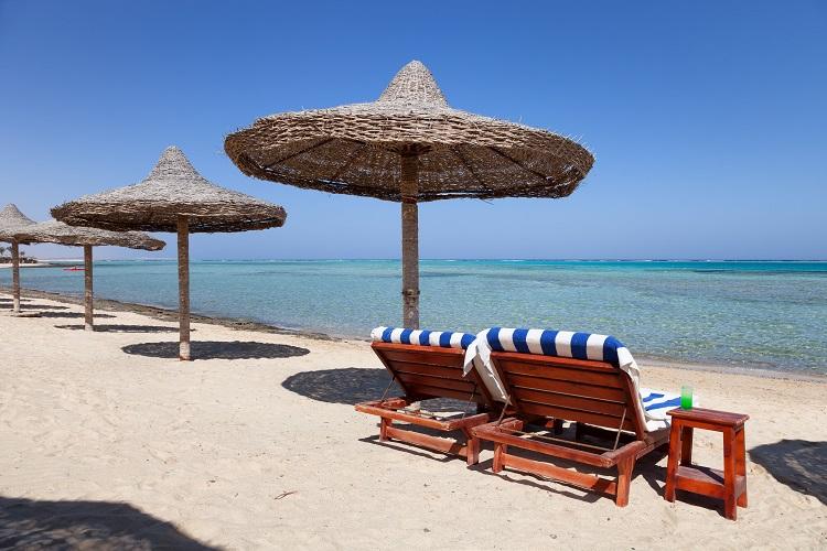 prazdna plaz v egypte