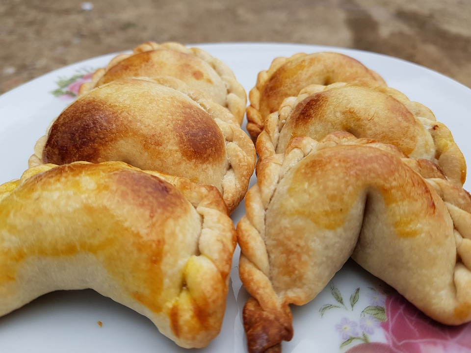 Saltenas jedlo na bolivii