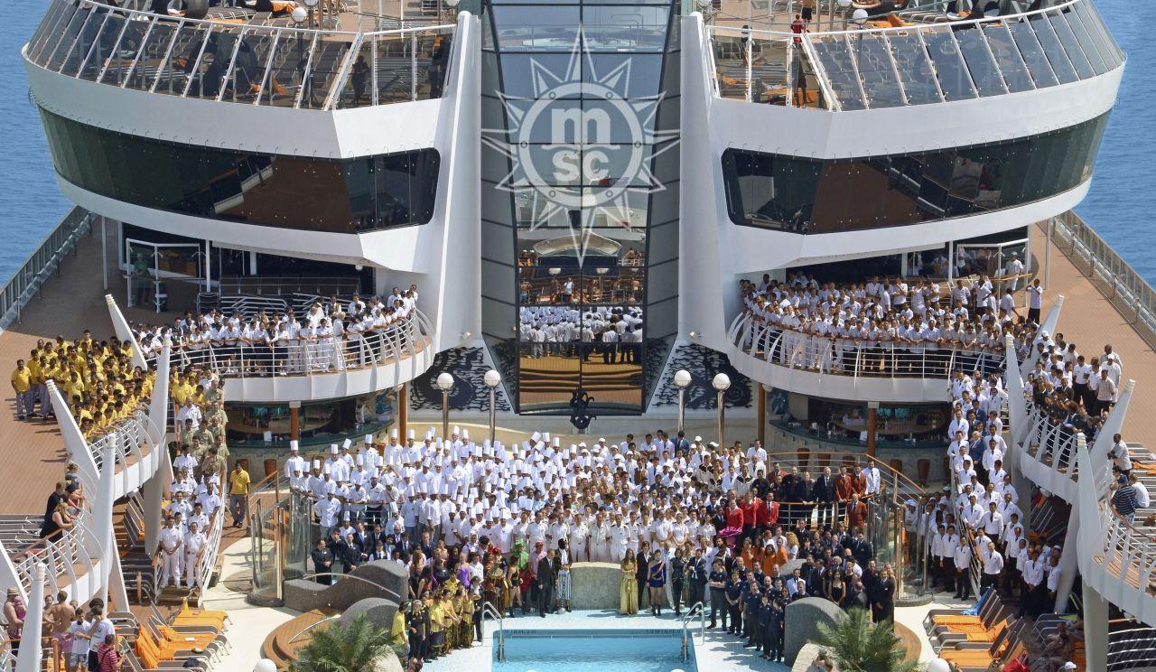 Posádka výletnej lode
