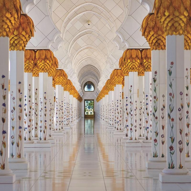 Interier mesity sejka zayeda v abu dhabi