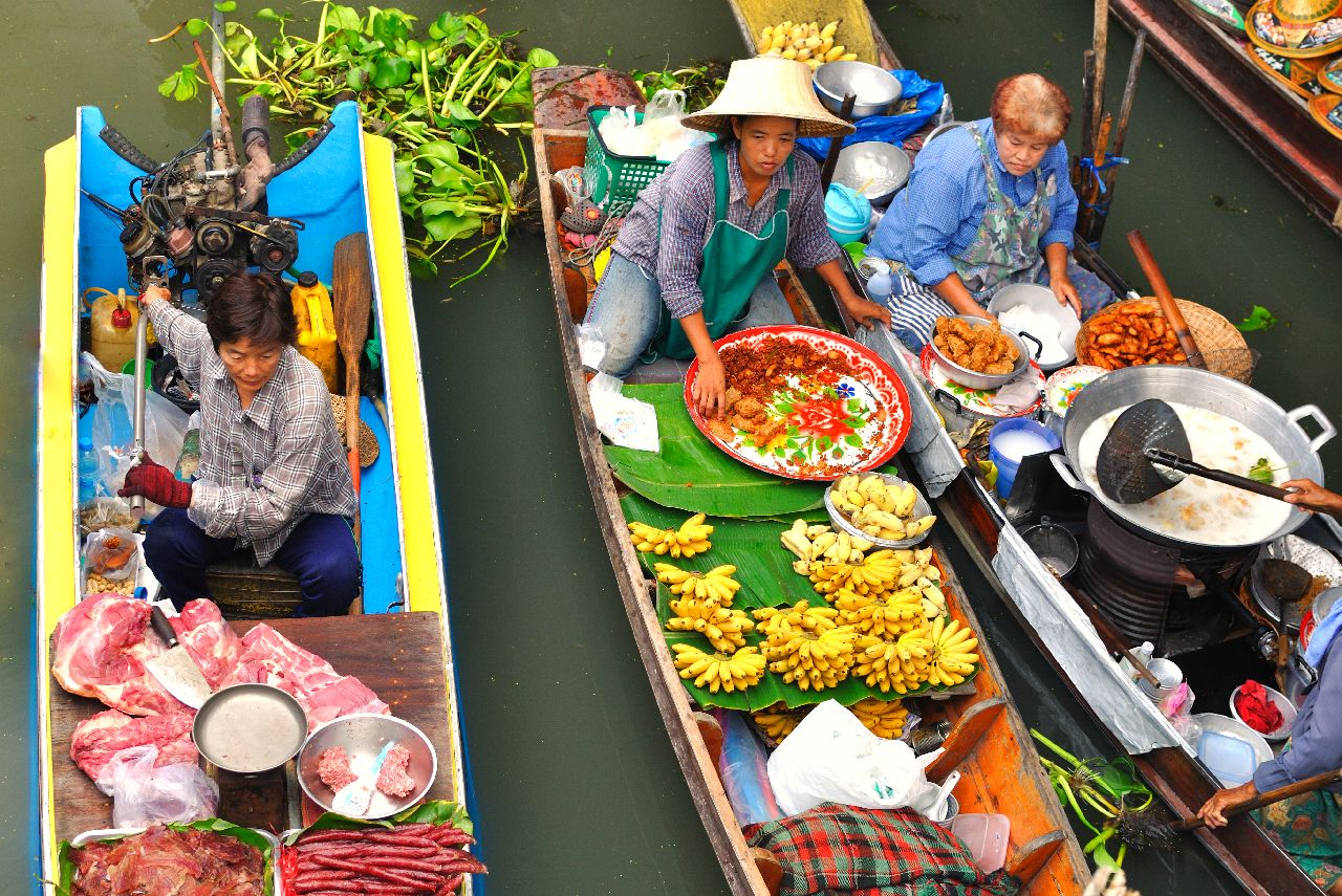 Jedlo na lodke vo vietname