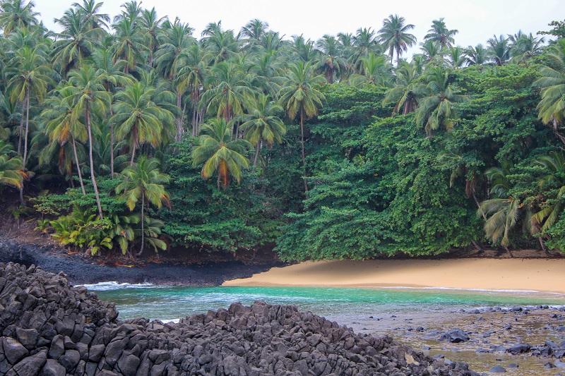 Ostrov sao tome pri afrike