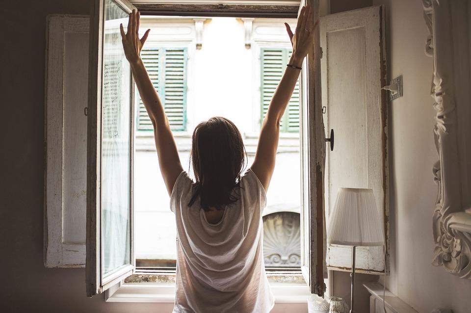 Ranné vstávanie na balkóne