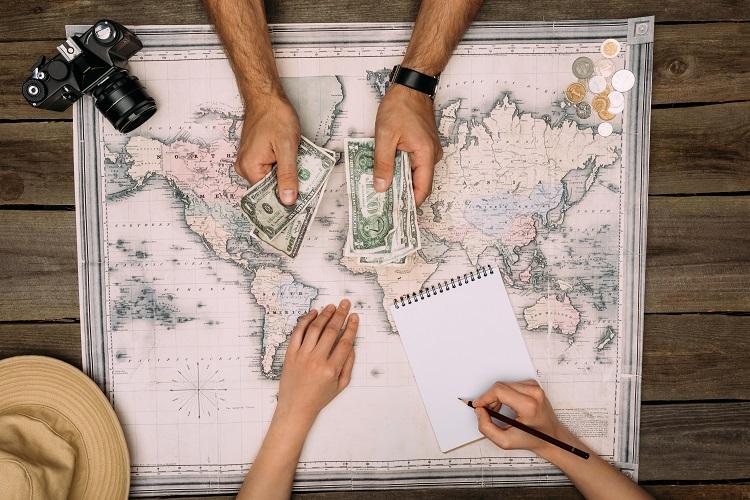 Peniaze na cestovanie