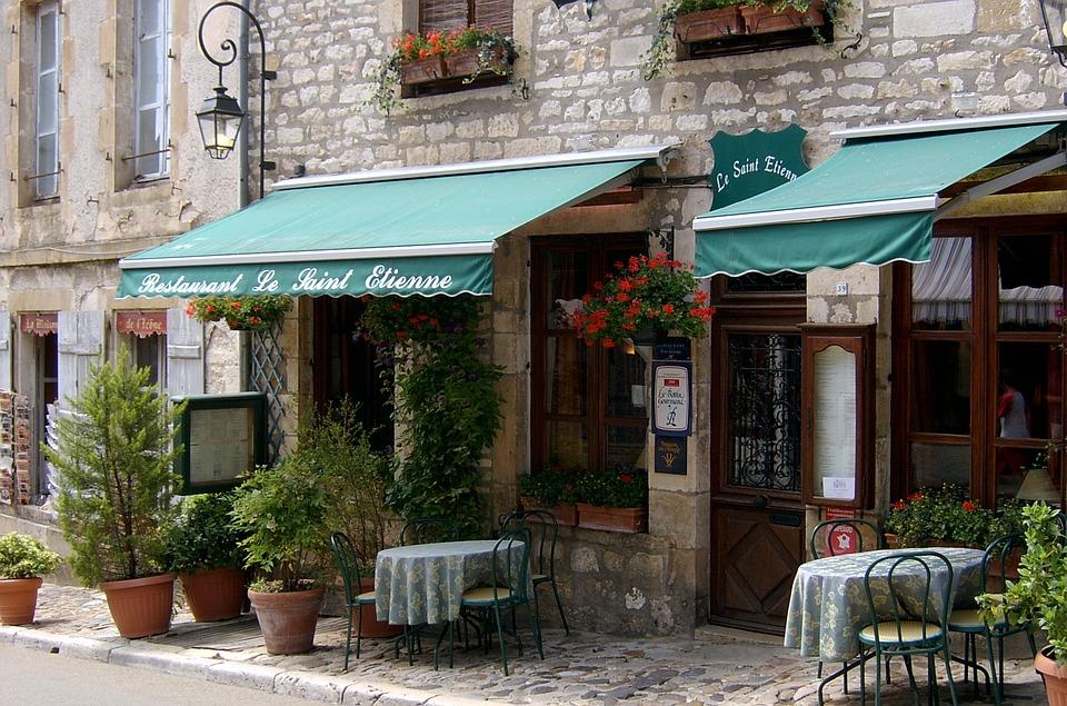 Typická francúzska reštaurácia