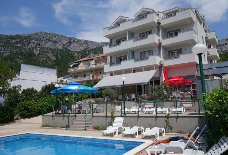 Hotel Lukas ***